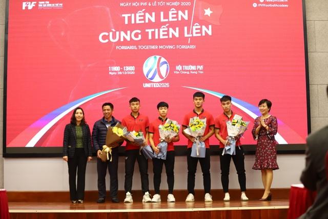 PVF chuyển nhượng 20 cầu thủ cho các CLB bóng đá chuyên nghiệp - 3