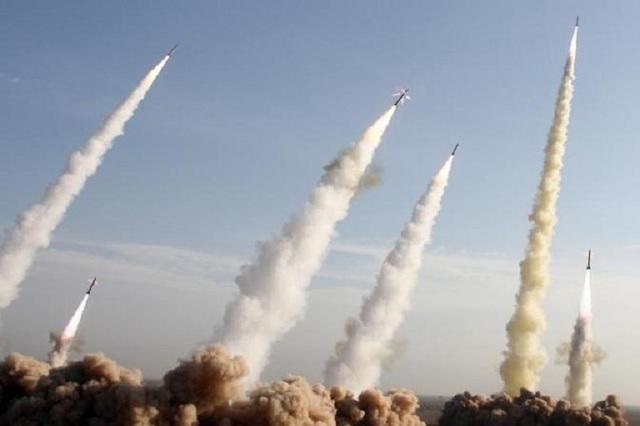 Iran bị nghi đưa tên lửa tới Iraq sau vụ Đại sứ quán Mỹ hứng mưa rocket - 1