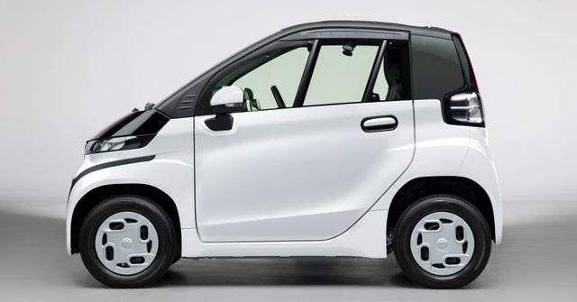 Toyota C+pod gây ấn tượng vì sự tiện dụng, nhỏ gọn - 4