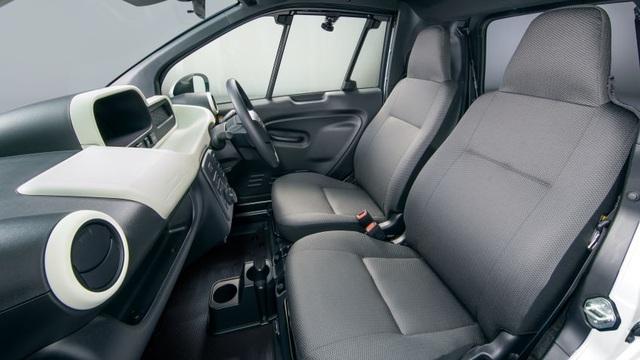 Toyota C+pod gây ấn tượng vì sự tiện dụng, nhỏ gọn - 10
