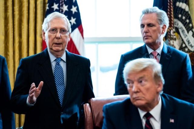 Ông Trump chỉ trích đảng Cộng hòa, bóng gió biến lớn vào ngày 6/1 - 1