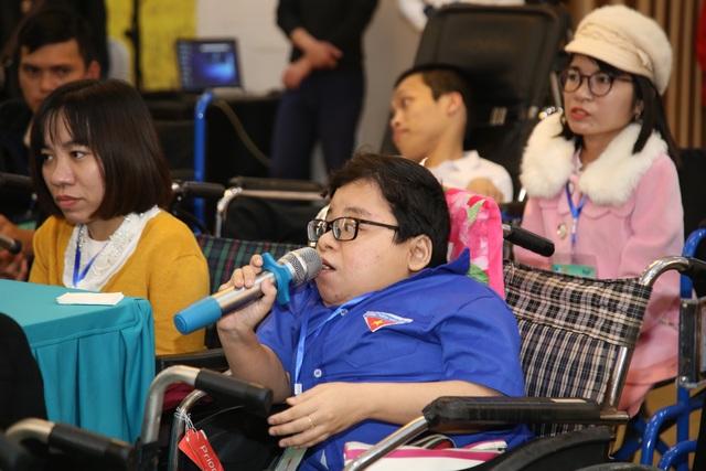 Thứ trưởng Bộ LĐ-TBXH: Người khuyết tật chỉ bất tiện chứ không bất hạnh - 3