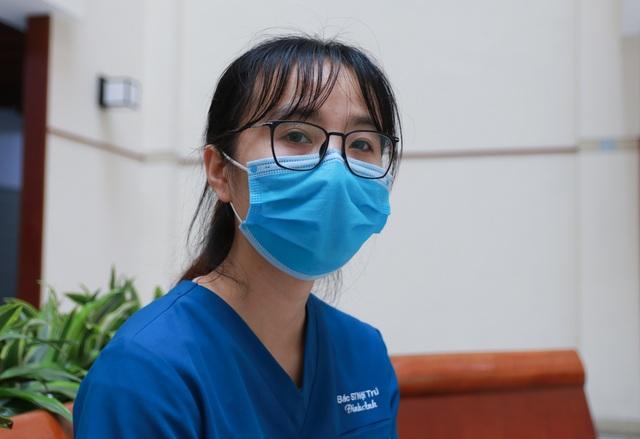 Bạn đọc hỗ trợ, nữ sinh Đại học Y  tức tốc đưa mẹ ra Hà Nội nhập viện - 2