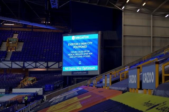 Bị Covid-19 tấn công, Man City phải hoãn trận gặp Everton - 1