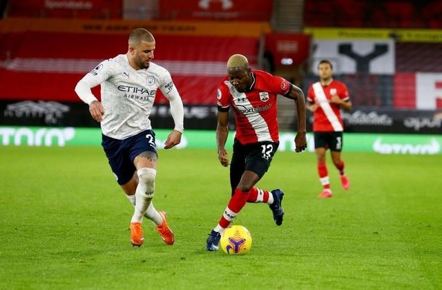 Bị Covid-19 tấn công, Man City phải hoãn trận gặp Everton - 2