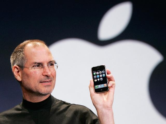 Ảnh cực hiếm về dây chuyền sản xuất thô sơ của iPhone đời đầu - 1