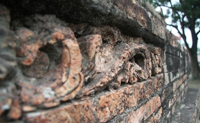 Cận cảnh bảo tháp đẹp nhất xứ Bắc, được xây bằng 13 nghìn gạch đất nung cổ - 8