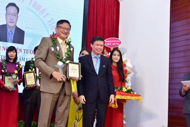 Tôn vinh 12 nhà khoa học tiêu biểu Thừa Thiên Huế - 3