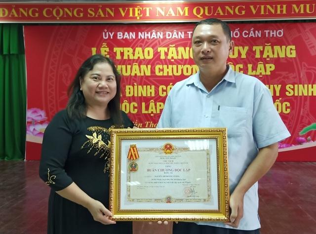 Trao, truy tặng Huân chương Độc lập tới gia đình có nhiều liệt sỹ hy sinh - 4