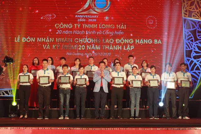 Long Hải khẳng định vị thế, vinh dự đón nhận huân chương lao động hạng Ba - 3