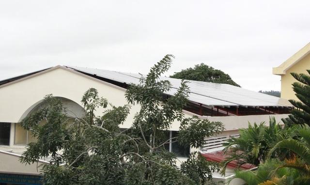Đắk Lắk tuýt còi việc cho thuê mái trường học lắp điện mặt trời - 1