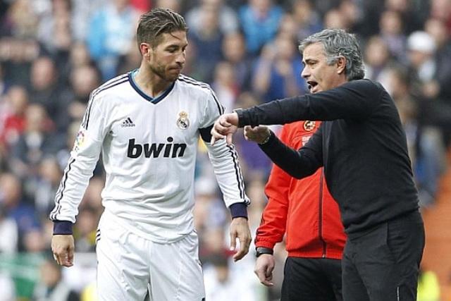 HLV Mourinho gây sốc khi muốn chiêu mộ Sergio Ramos - 1