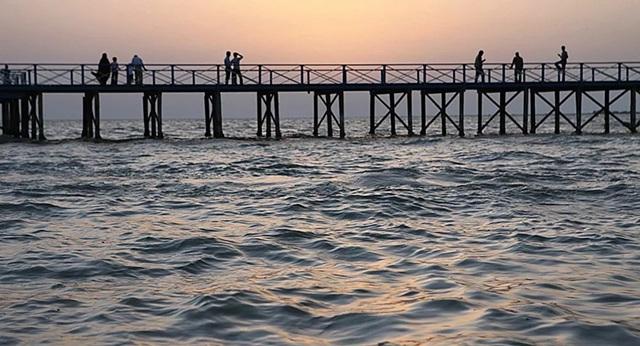 Các nhà khoa học dự báo mực nước biển Caspi có thể hạ xuống 18 mét - 1