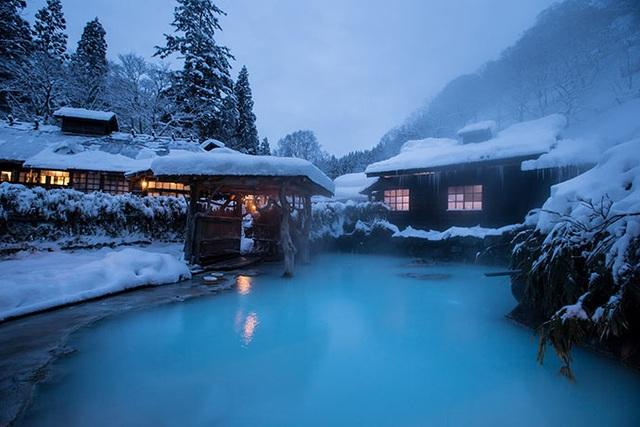 Trải nghiệm tắm onsen tại 7 nhà trọ độc đáo ở Nyuto - 1