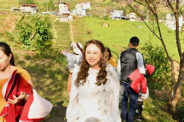 Hé lộ hậu trường chụp ảnh cưới của con gái diva Thanh Lam