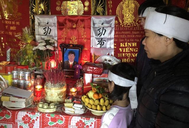 Đề nghị xác nhận liệt sỹ cho chủ tịch xã qua đời sau khi giúp dân - 1