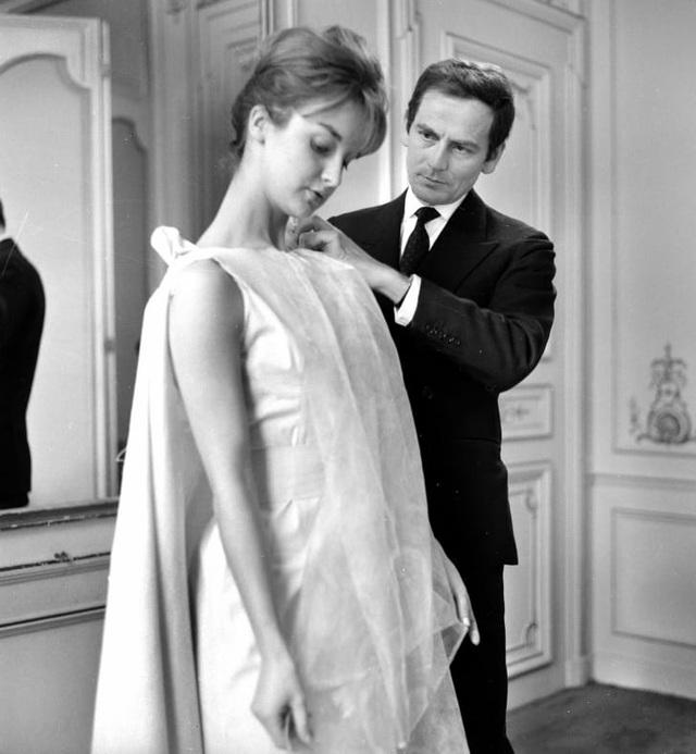 Nhà thiết kế thời trang huyền thoại Pierre Cardin qua đời ở tuổi 98 - 2