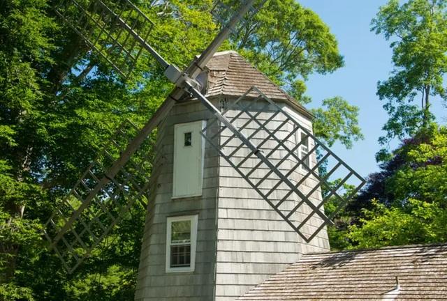 Ngôi nhà trong cối xay gió của Marilyn Monroe có giá 11,5 triệu USD - 2