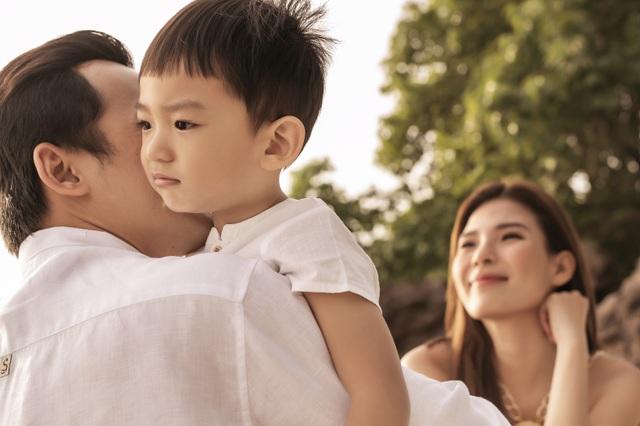 Lương Thế Thành, Thúy Diễm vi vu Phú Quốc cùng con trai - 5