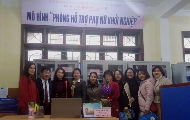 Khai trương Phòng hỗ trợ phụ nữ khởi nghiệp - 1