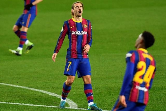 Cái lắc đầu của Messi và dấu chấm hết cho Barcelona? - 2