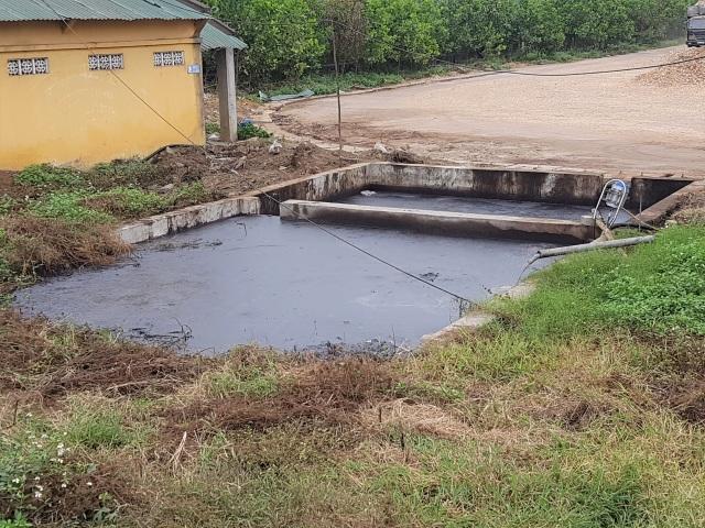 Vụ dân dựng lều canh nhà máy xả thải: Hé lộ dấu hiệu gây ô nhiễm - 1