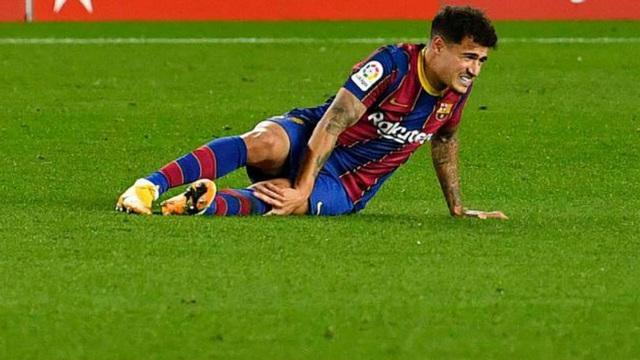 Coutinho chấn thương đầu gối, Barcelona càng thêm khủng hoảng - 1