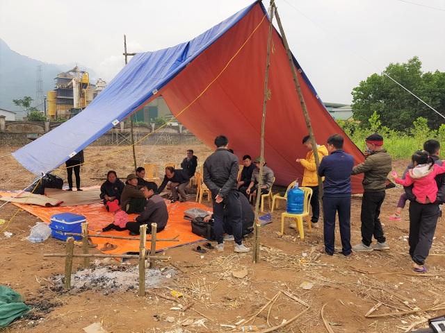 Vụ dân dựng lều canh xả thải: Tổng cục Môi trường yêu cầu xử lý nghiêm
