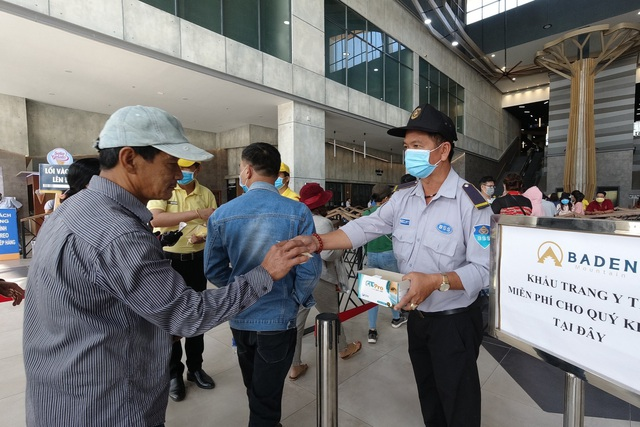 Tây Ninh: Người lao động gặp nhiều khó khăn vì Covid-19 - 2