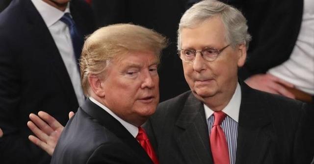Thượng viện Mỹ bất ngờ đồng ý hoãn một phiên xét xử luận tội ông Trump - 1