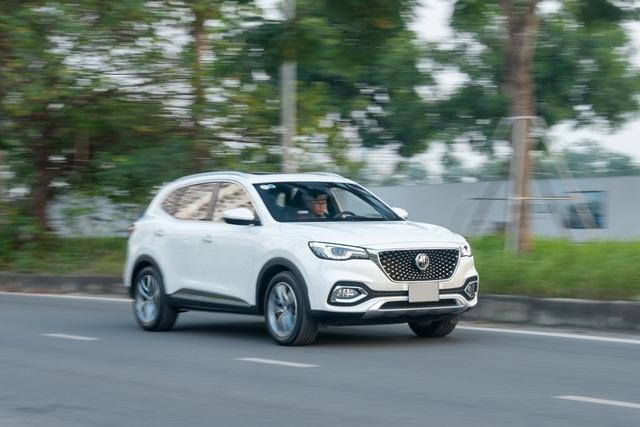 MG HS thêm phiên bản mới giá 888 triệu đồng, cạnh tranh Mazda CX-5 - 10
