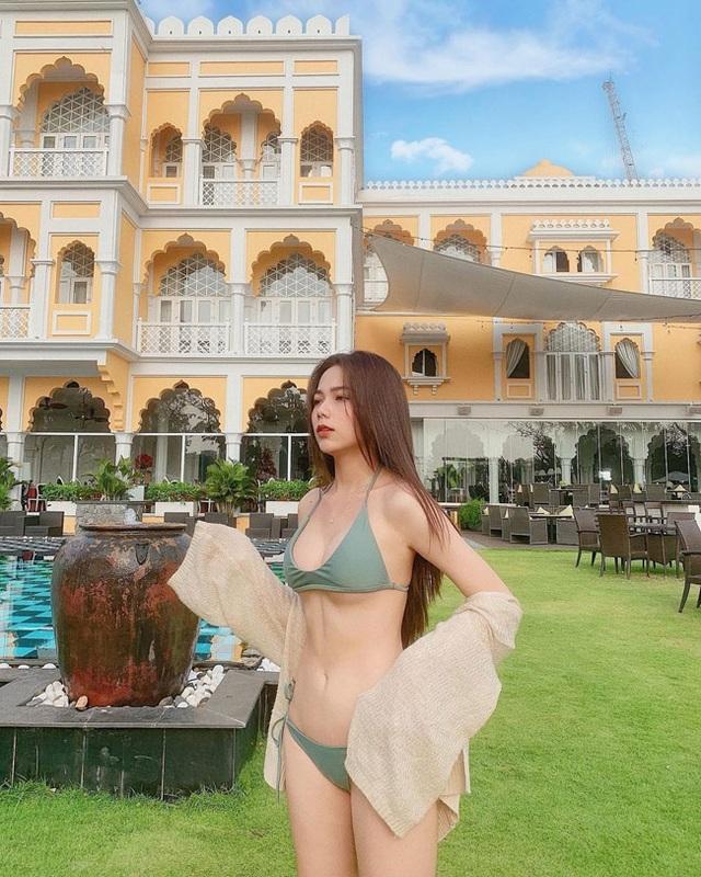 2 nữ sinh ngành quản trị khách sạn đẹp mơn mởn ở tuổi 19 - 10