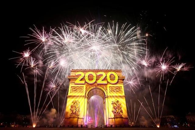 Thế giới sẽ đón năm mới 2021 khác lạ giữa sóng thần Covid-19 - 3