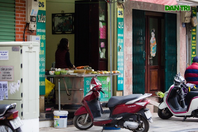 Cảnh vắng vẻ đìu hiu chưa từng có ở khu chợ sắm Tết của nhà giàu Hà Nội - 12