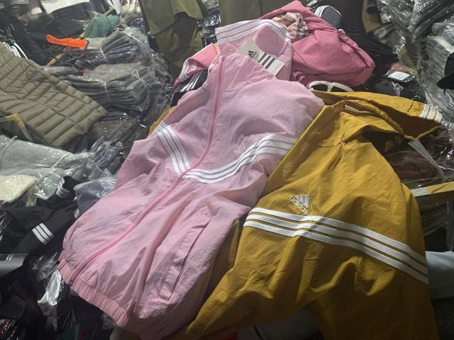 Lạ chưa từng thấy: Tiểu thương chợ Ninh Hiệp đồng loạt đóng cửa áp Tết - 6