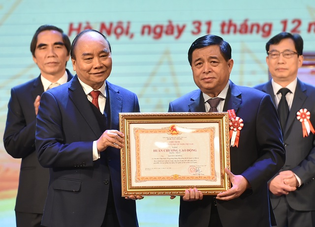 Thủ tướng: Việt Nam cần giàu trước khi già, không phải già trước khi giàu - 1