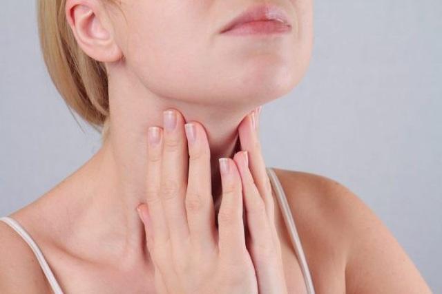 Các triệu chứng của ung thư vòm họng - 1