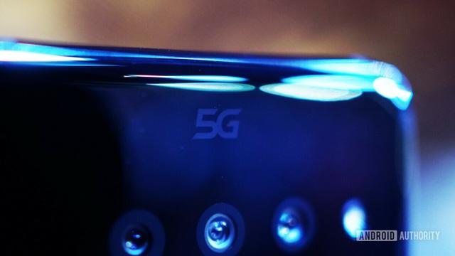 7 điều các nhà sản xuất smartphone cần phải dừng lại ngay trong năm 2021 - 1