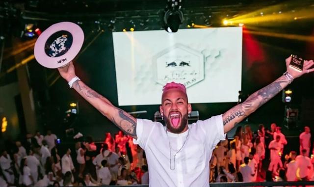 Cận cảnh cuộc sống xa hoa của Neymar tại thành Paris - 4
