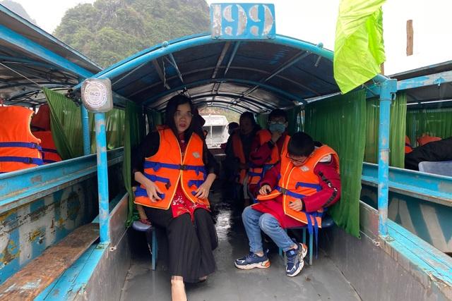 Di sản Phong Nha - Kẻ Bàng đón những vị khách đầu tiên xông đất năm mới - 5