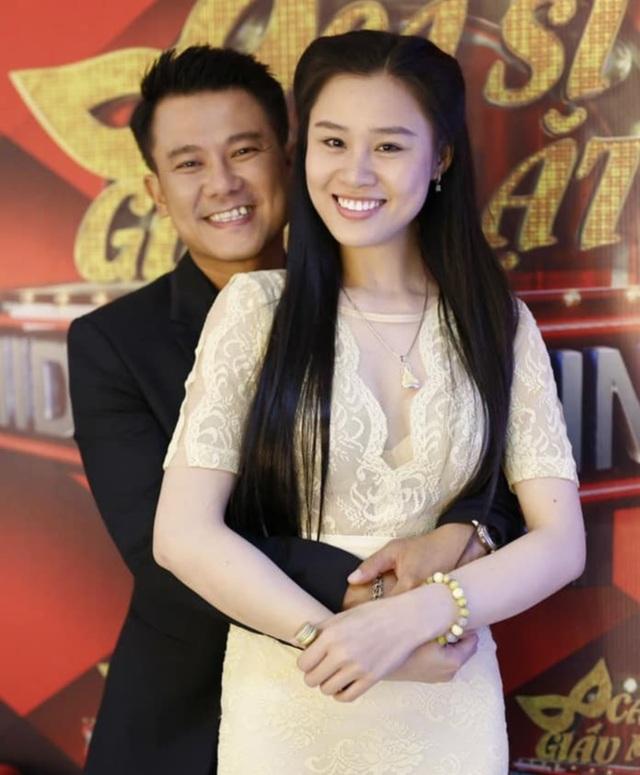 Vợ Vân Quang Long: Nếu có điều ước, tôi sẽ không cho anh đi Mỹ... - 1