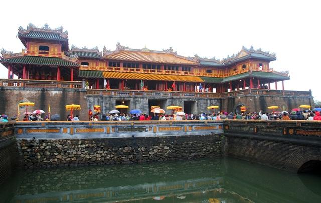 Độc đáo tái hiện lễ ban lịch đầu năm mới của vua Nguyễn - 3