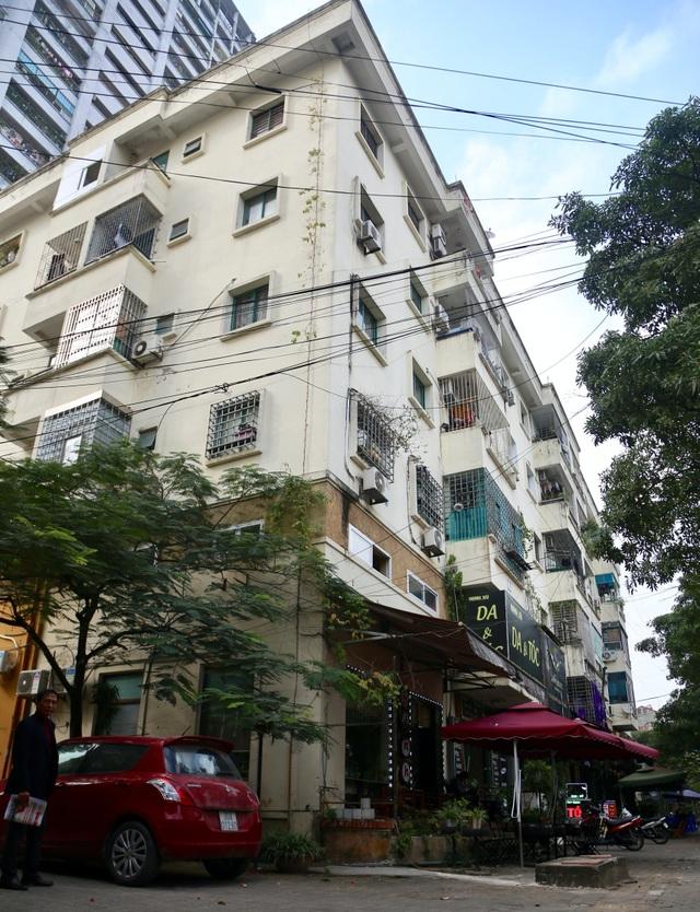 Hà Nội: Bịt lối thoát hiểm, biến nhà xe chung cư thành căn hộ để bán - 3