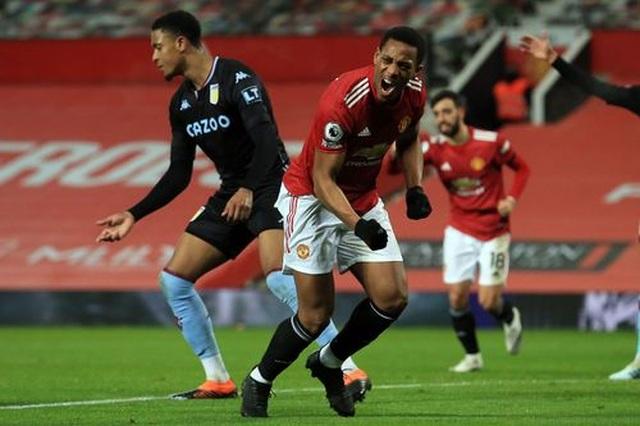 Đánh bại Aston Villa, Man Utd vươn lên bằng điểm Liverpool - 3