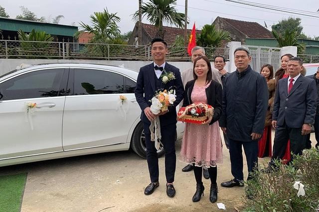 Bùi Tiến Dũng lên xe hoa đón dâu ở Hà Tĩnh - 2