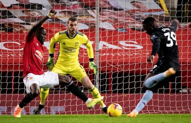 Bruno Fernandes tung hô đồng đội sau chiến thắng của Man Utd - 1