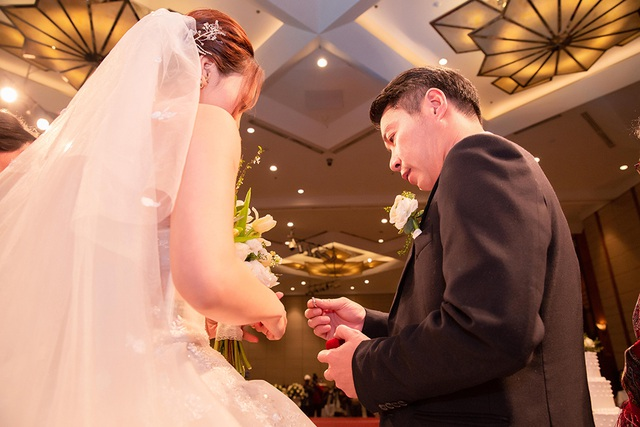 Bố của NSND Công Lý vắng mặt trong đám cưới con trai - 2