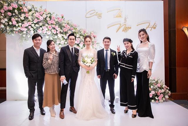 Bố của NSND Công Lý vắng mặt trong đám cưới con trai - 10