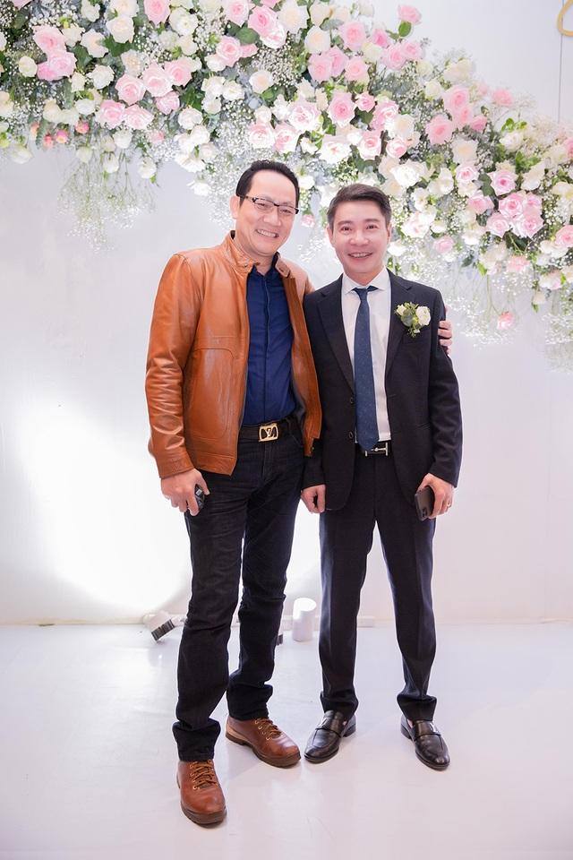 Bố của NSND Công Lý vắng mặt trong đám cưới con trai - 11