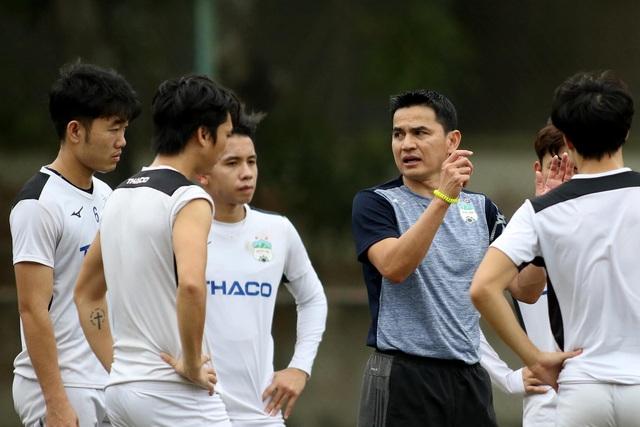 CLB Hà Nội thách thức phần còn lại ở cuộc đua vô địch V-League 2021 - 2